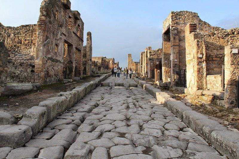 streets-pompeii-3