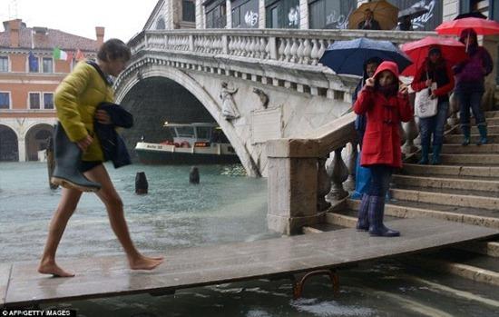 Veneza - enchente (12)