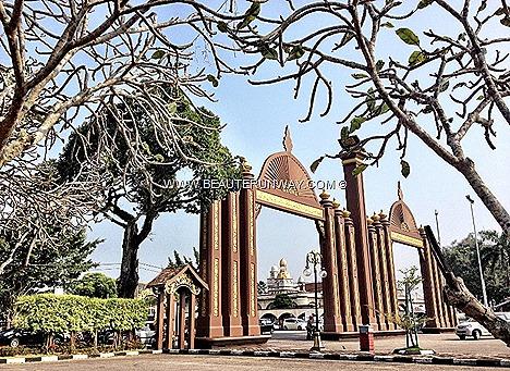 Kelantan Kota Bharu Istana Balai Besar Istana Jahar Sultan Ismail Petra Arch Malay Culture City premium timber intricate Kelantan woodcraving. Malaysia oldest royal palaces, Museum Royal Tradition customs architecture designs