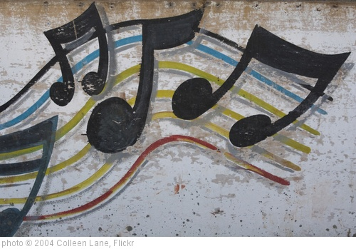 'Close-up of painted musical note on wood' photo (c) 2004, Colleen Lane - license: http://creativecommons.org/licenses/by-nd/2.0/