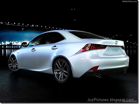 Lexus-IS_2014_800x600_wallpaper_0b