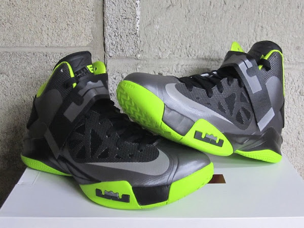 New Nike Zoom Soldier VI 8211 Cool GreyAtomic GreenBlack