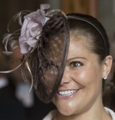 Crown Princess Victoria - Meeting a new Bishop