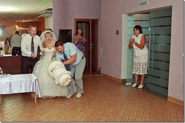 crazy-wedding-moments-13