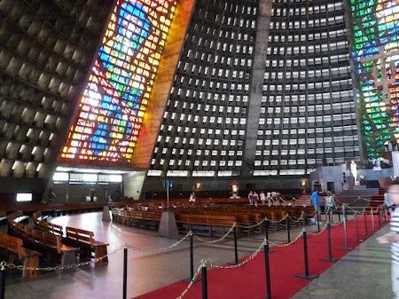 Obiective turistice Rio de Janeiro: Catedrala Metropolitana