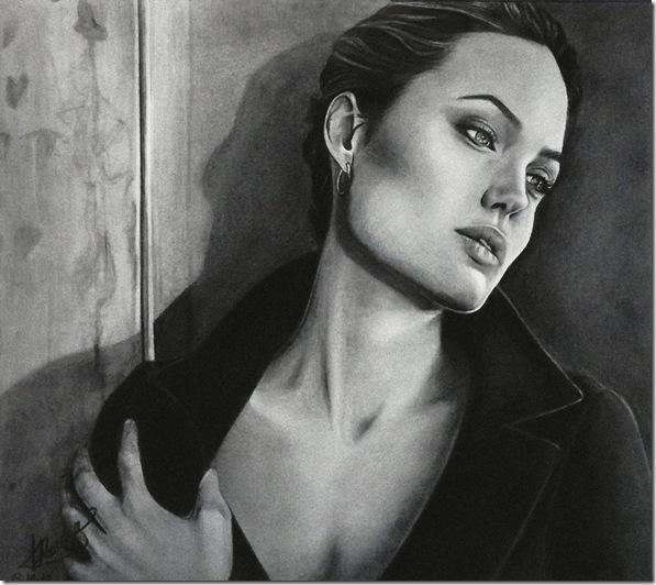 Angelina Jolie (24)