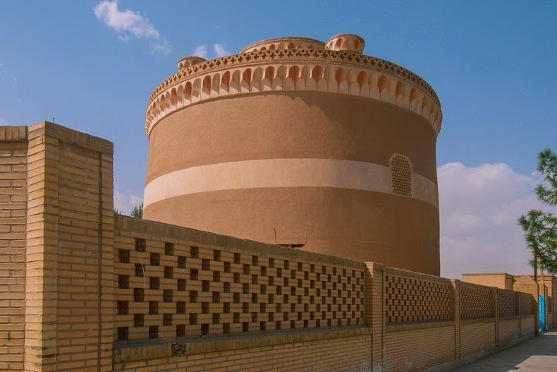 pigeon-towers-iran-2