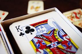 NACHGEMACHT - Spielekopien aus der DDR: Vom Pochen, Pokern und dem gewissen Kleingeld