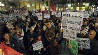 protesto Papa na Espanha 01