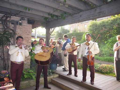 The mariachis played late into the evening.