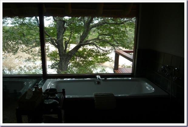 Thornybush-Game-Lodge-Hoedspruit-Reserva-Hotel-Banheira
