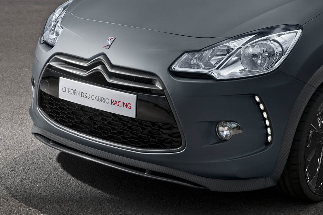 Citron unveils ds3 cabrio racing in production clothes citroen ds3 cabrio racing 6 vanachro Image collections