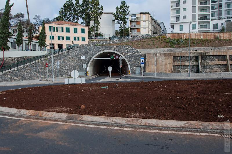 32. Февраль. Мадейра. Канатная дорога. Фуншал. Ну вот и начались тоннели.