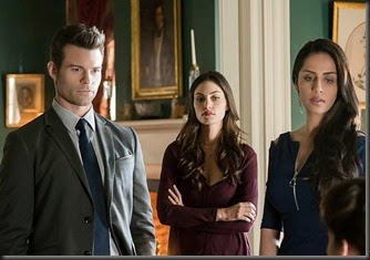 the-originals-season-2-exquisite-corpse-photos-elijah-hayley-gia