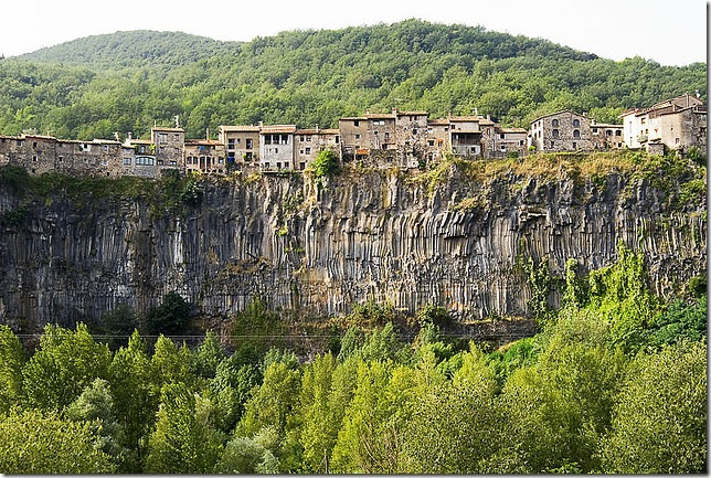 castellfollit_la_rocca