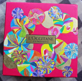 LOccitane-Almond-Star-Gift-Box
