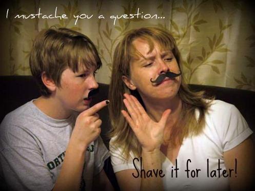 moustache 014
