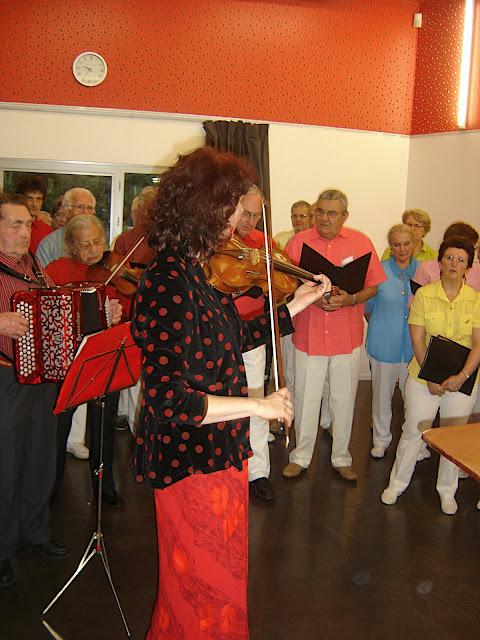 DSC01057avec chorale.jpg