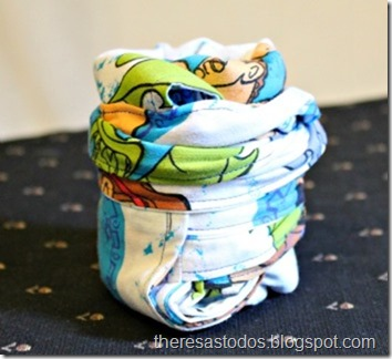 Roll-up Reversible Tote From Repurposed Bed Sheets
