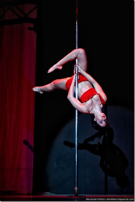 russian-pole-dancing-competition-42