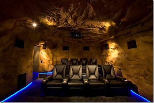 ultimate-man-cave-31