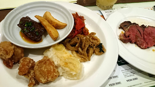 [写真]北海道の素材を使った料理の数々
