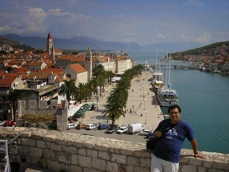 09. Orasul vechi Trogir.JPG