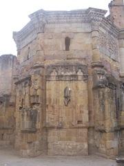 2008.09.05-039 vestiges de l'abbaye d'Alet