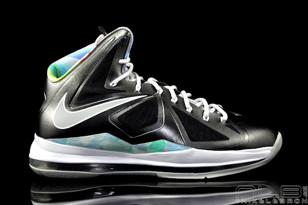 The Showcase Nike LeBron X 8220Prism8221