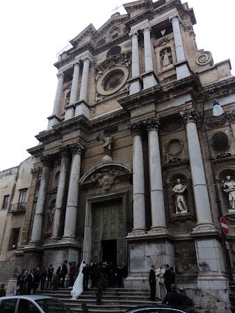 Imagini Italia: Palermo - Casa de piatra