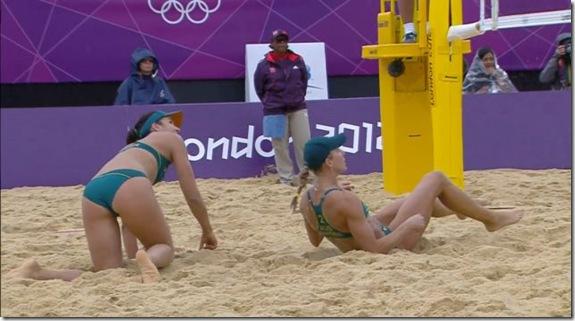 girls-volleyball-butt-3