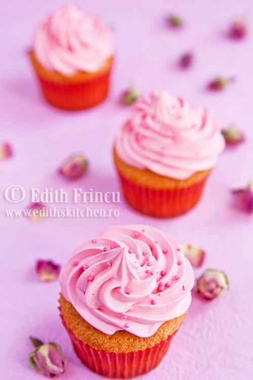 cupcakes cu trandafiri 1
