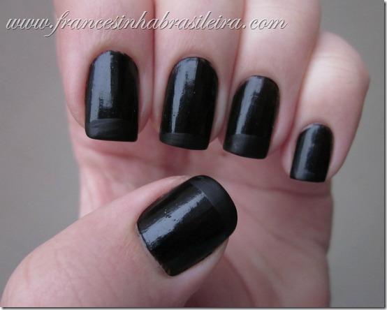 Gato preto e preto fosco
