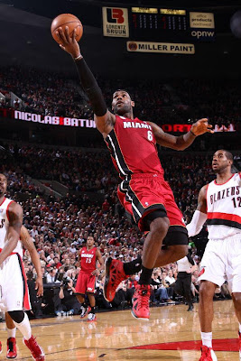lebron james nba 130110 mia at por 01 King James Debuts LBJ X Portland PE But Ends Scoring Streak