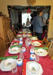 1311066 Nov 09 Christmas Table Set At Dawns