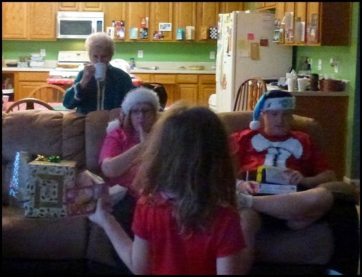 06l - Christmas Blurrr - Great Grandmom enjoying the morning