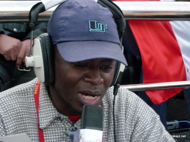 Christian Mulumba, commentant un match.