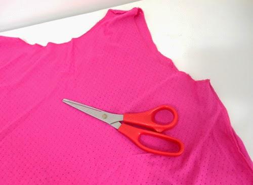 Como customizar roupa de academia