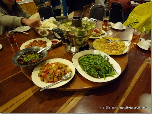泰國芭達雅Phuphaya Resort-晚餐
