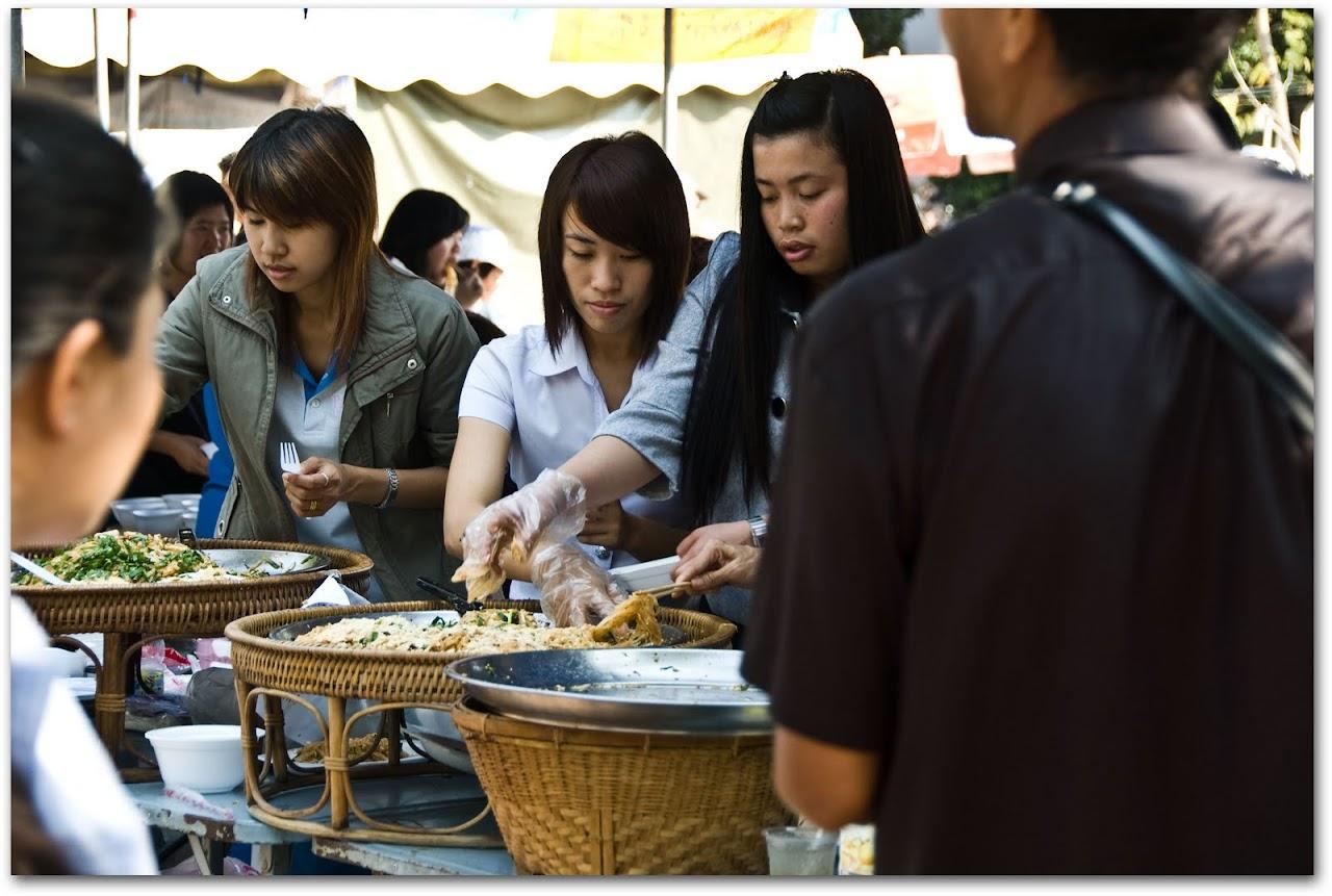 Noodles at Wat Chedi Luang