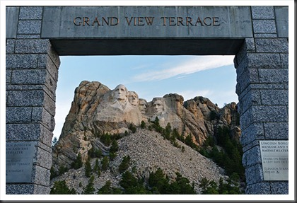 2011Jul31_Mount_Rushmore-4