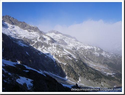 Intento al Corredor Francisco Granados 250m MD 90º IV  (Argualas 3046m, Pirineos) (Isra) 8449
