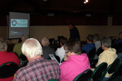 A pretty good crowd for our Picasa seminar at Hart Ranch