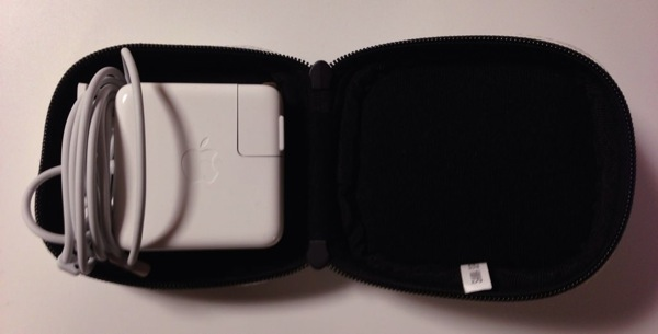 5macbookair accessories magsafe innercase