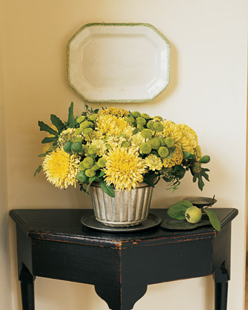 Mum Arrangement: In the first weeks of fall, brisk air and frequent showers invigorate late-blooming chrysanthemums.