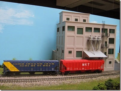 IMG_6069 LK&R Layout at the Three Rivers Mall in Kelso, Washington on April 14, 2007