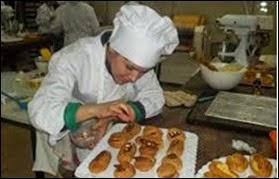 Panadero, Oficial facturero y Oficial en pastelería son algunas de las profesiones que se pueden estudiar