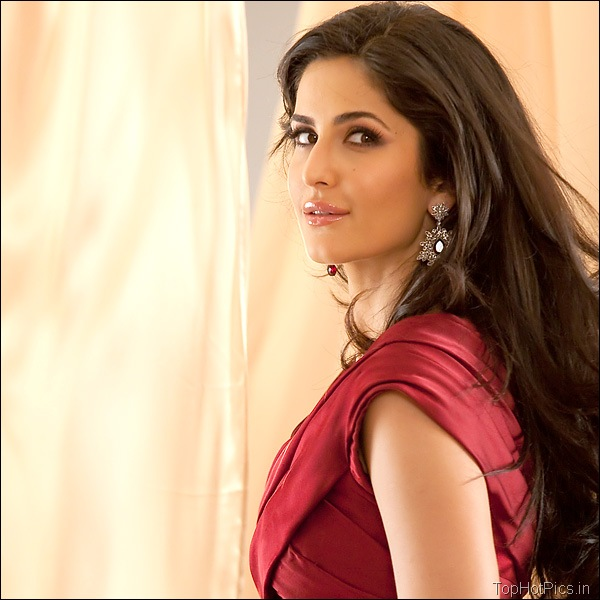 Katrina Kaif Hot Hd Pics in Red Dress 7