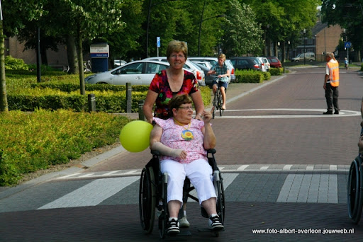 rolstoeldriedaagse dag 1  overloon 05 juli  2011 (13).JPG