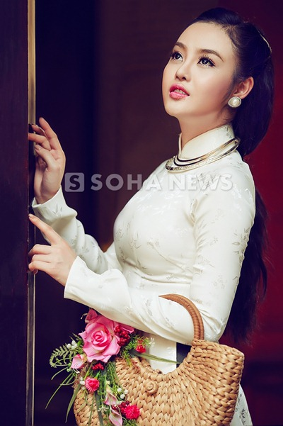 julia-ho-dam-tham-ao-dai-xua (6)